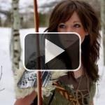 Lindsey Sterling toca el violín en este vídeo de Skyrim