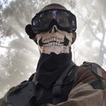 Soldado francés en Malí se disfraza de Ghost; el mundo se cabrea