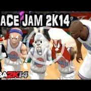 Hay un mod que convierte NBA 2K14 en Space Jam