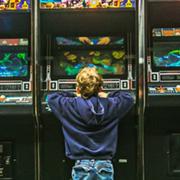 Juegos que enseñan a jugar. Una aproximación a la didáctica del videojuego infantil