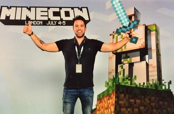 Rob McElhenney será el director de la película de Minecraft