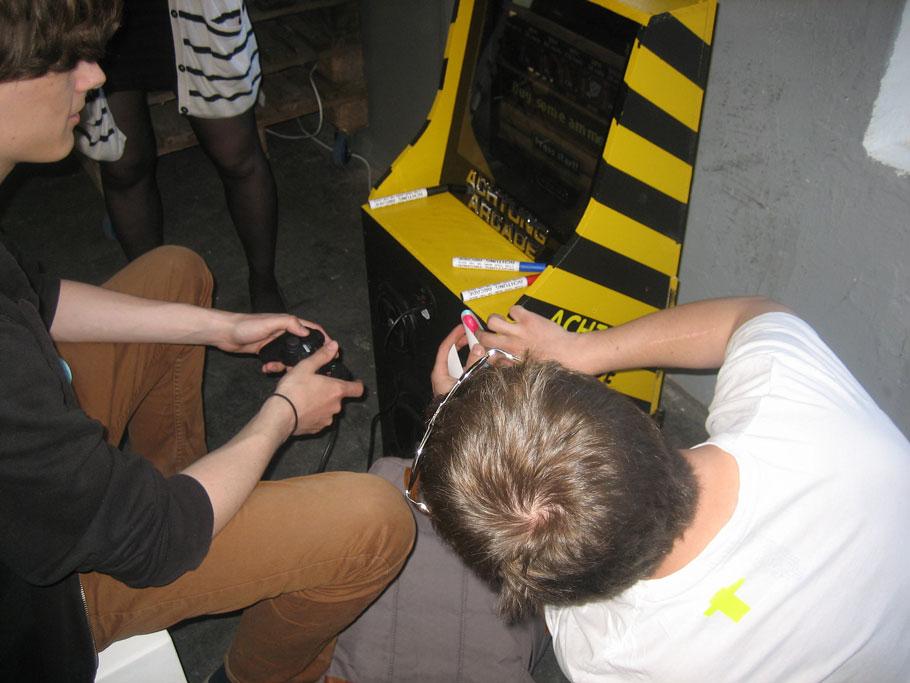 Sos Sosowski: «Desarrollar juegos se parece mucho a escribir chistes, solo que nadie se ríe»