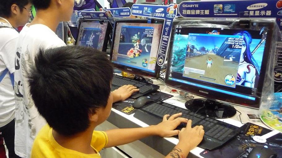 China controlará más severamente el contenido online para proteger la salud mental de los jóvenes