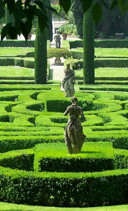 Islas perdidas y jardines franceses